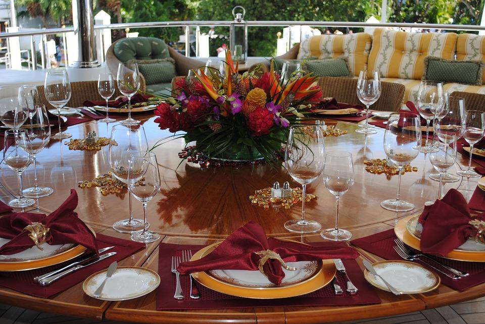 organizatori de nunti, organizare evenimente private, aranjamente florale nunti